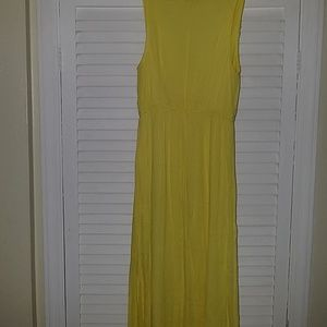 Old Navy yellow v-neck maxi  crinkled cotton small